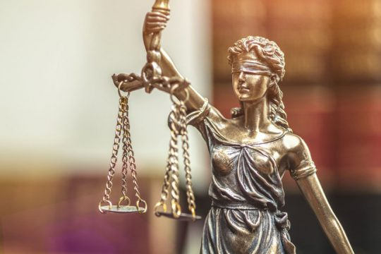 Vergoeding vrije advocaatkeuze bijna gehalveerd